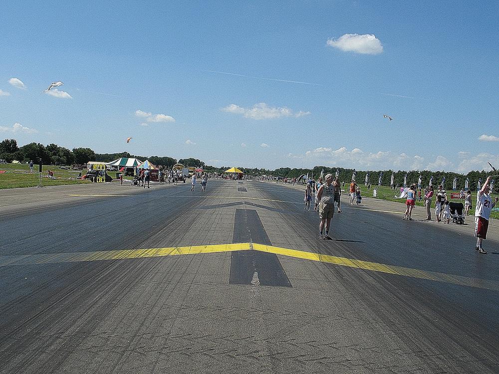 Drachten_Vliegerfestival_landingsbaan
