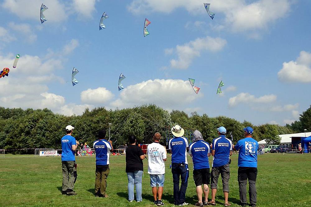 mascotte-kite-team-rev
