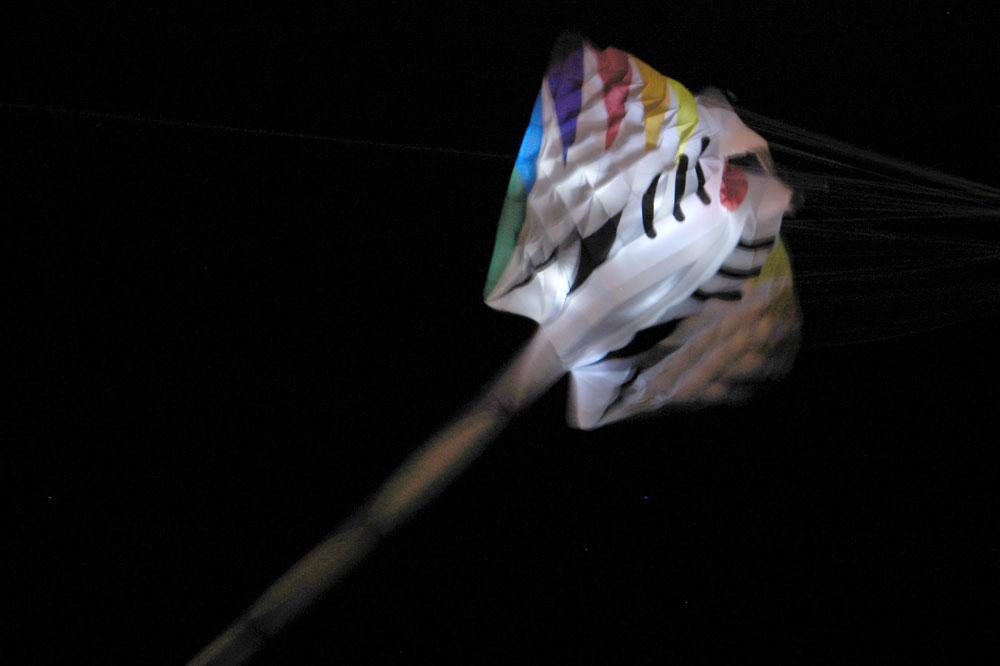 oostende-2012-kite-festival-nacht-vliegeren4