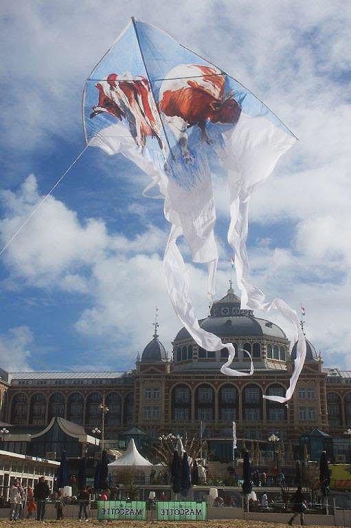 2010 Vliegerfestijn Scheveningen zaterdag (36)